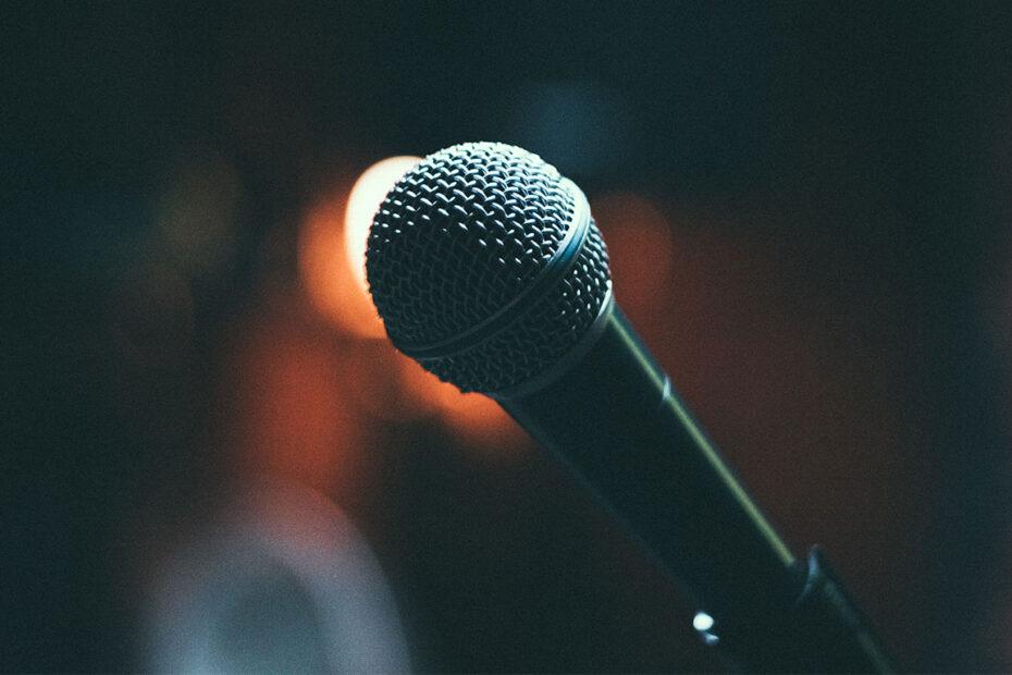 4 microfoni sotto i 100 € per cominciare a cantare